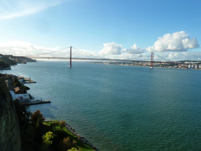 25 de Abril Bridge from the South